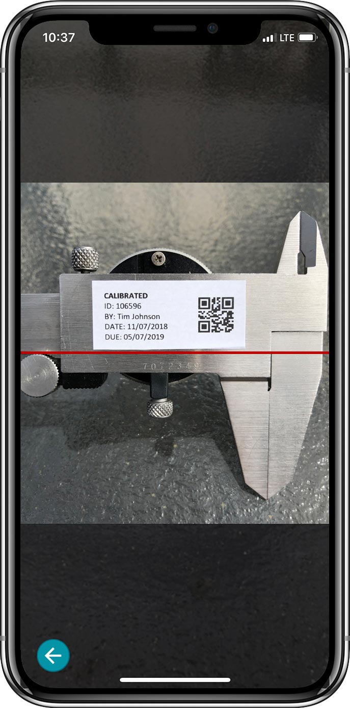Calibration label with QR code